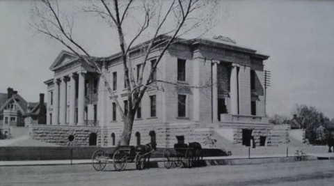 Historic black and white photo of City Hall